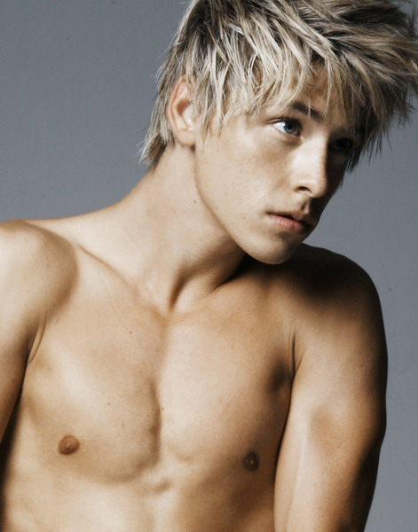 Mitch Hewer Mitchhewer2rs6