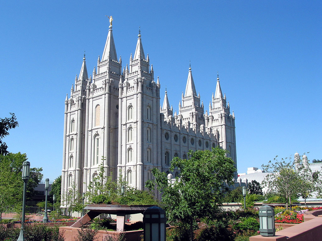 The Mormon Temple The New Symbol Of Hate Tasithoughts Weblog