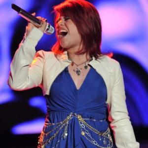 "Allison Iraheta singing ""Papa Was A Rollin' Stone"" - The Temptations"