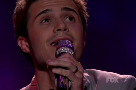 "Kris Allen sang ""Falling Slowly"" from ""Once"" on ""American Idol"" Movie Night."