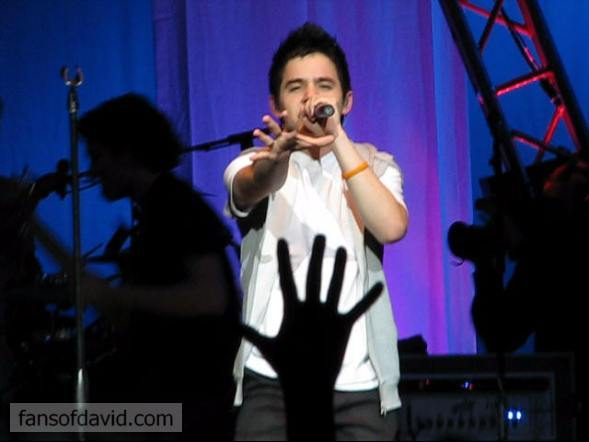 David Archuleta Sings Touch My Hand