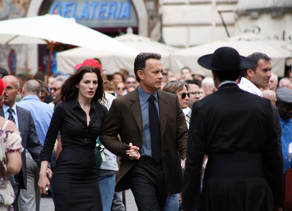 "U.S. actor Tom Hanks (2nd L)) and Israeli actress Ayelet Zurer (L) work on the set of the movie ""Angels And Demons"" at the Pantheon on June 9, 2008 in Rome, Italy."
