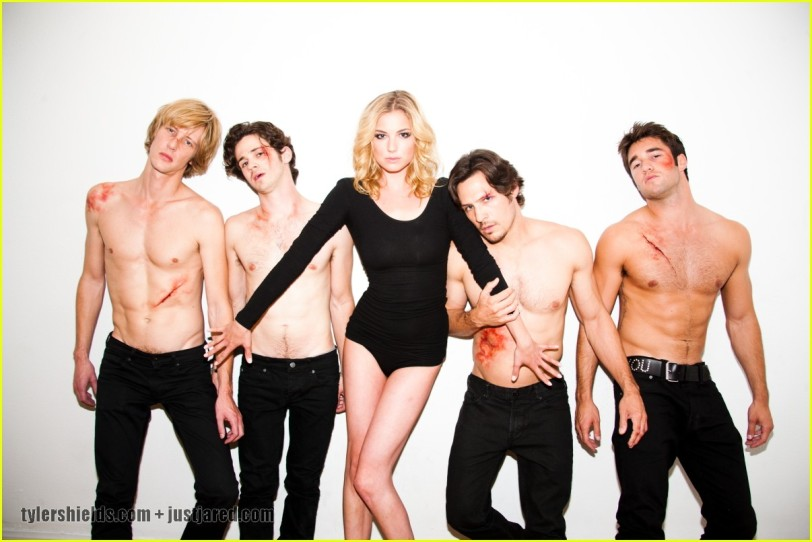 Some of the Revenge cast
