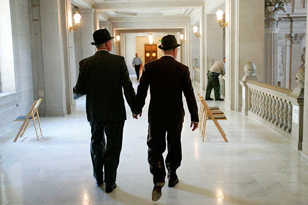 1207-Supreme_Court_Gay_Marriage_full_600