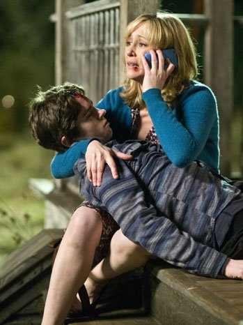 Vera Farmiga and Freddie Highmore in the Bates Motel