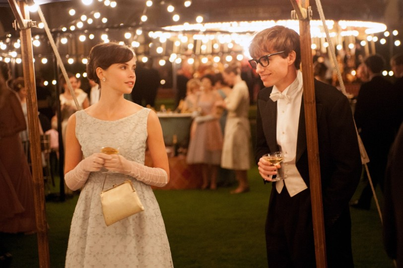 Felicity Jones stars as Jane Wilde and Eddie Redmayne stars as Stephen Hawking in Academy Award winner James Marsh's THE THEORY OF EVERYTHING, a Focus Features release  Photo by: Liam Daniel / Focus Features